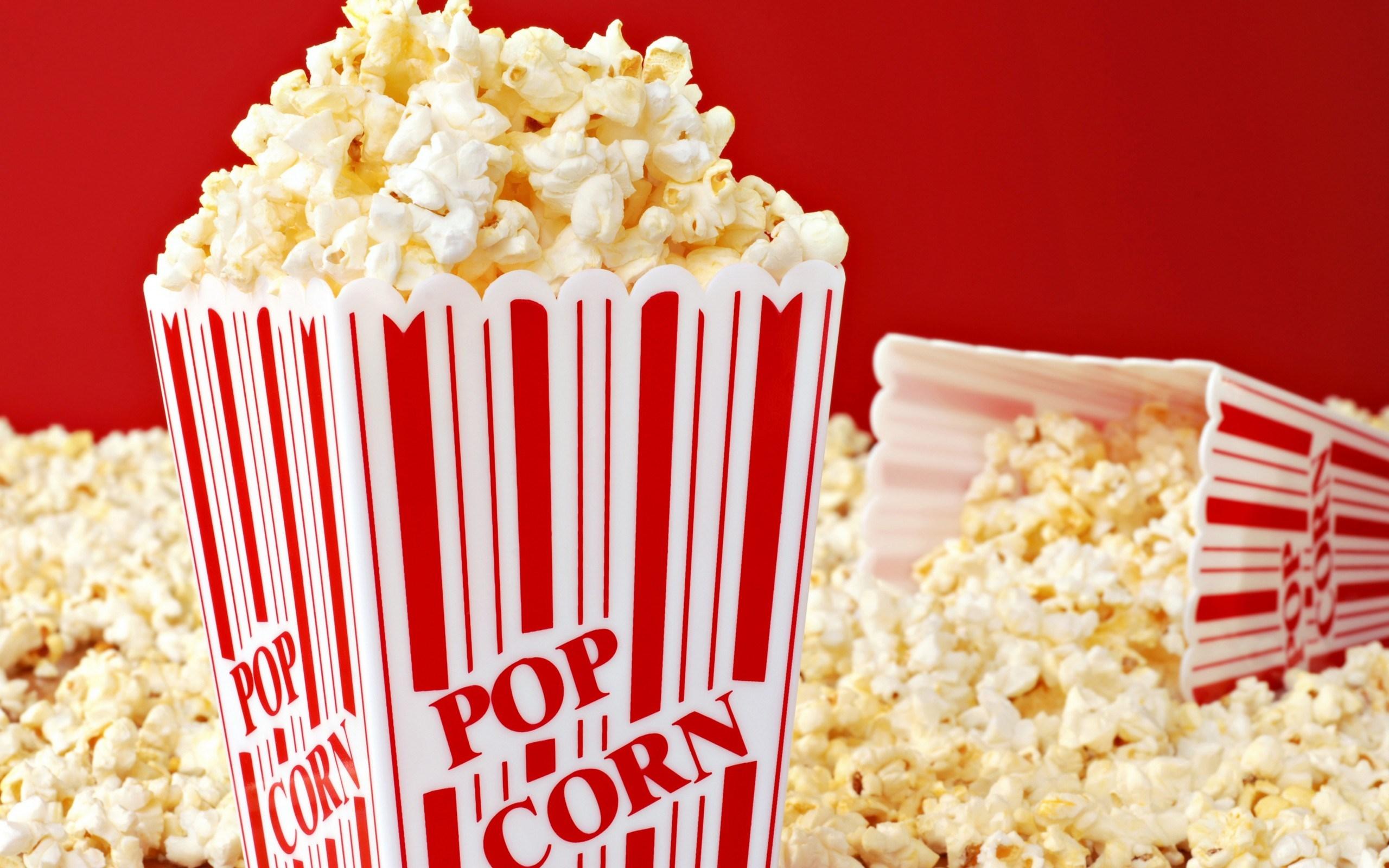 Economiza en  tu salida al cine.